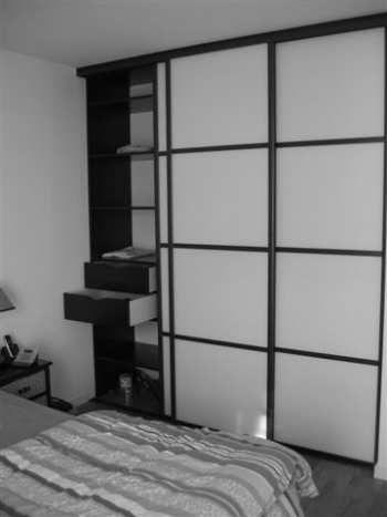 Porte De Placards Japonaises Par Espace Et Mieux Etre - Porte placard coulissante avec serrurier 75010